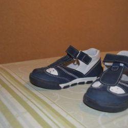 Ортопедическая обувь 24 размер.