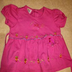 Dress for a girl of 8-12 months.