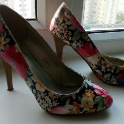 Shoes with floral print 37р-р