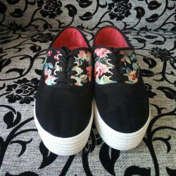 Slip-sneakers