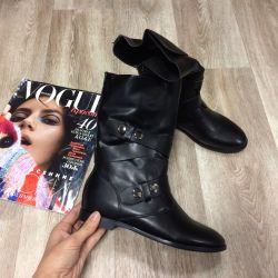 I will sell new half boots eco-leather 38,40 fall