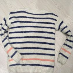 Striped sweater and T-shirt 44-46