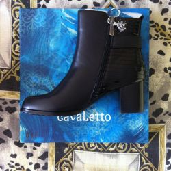 Boots, 37r autumn, leather, NOT B / Y