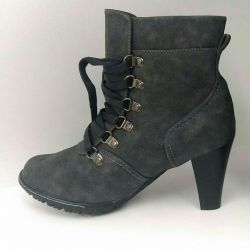 Ankle boots new 38R