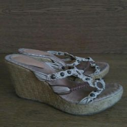 Sandals p37