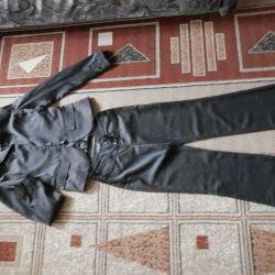 pantolon ile takım elbise