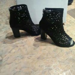 Çizme çizmeler sandalet bayan 37 beden yeni