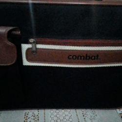 Yeni bir erkek çantası satıyorum.