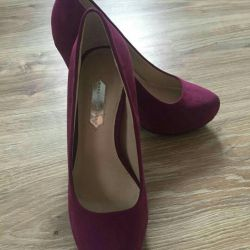 Shoes, new, suede