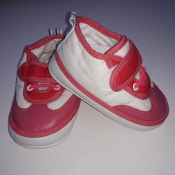 NEW sneakers for girl