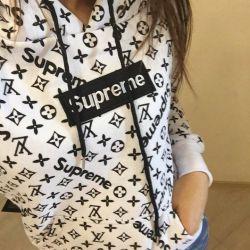 Sweatshirts supreme