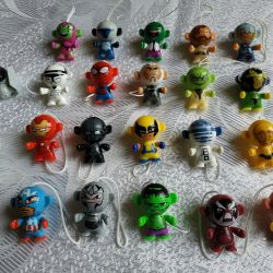 Kinder Toys - Avengers and Star Wars