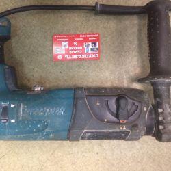 I62 Makita HR2470 puncher tool
