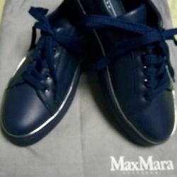 MaxMara shoes. Original. New