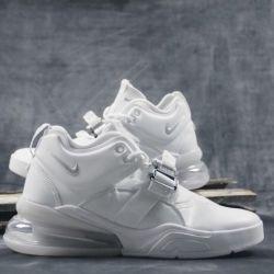 Кроссовки Nike Air Force 270 wnite