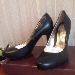 Παπούτσια από φυσικό δέρμα 38,39r