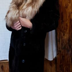 Natural sheepskin fur coat