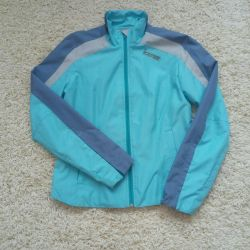 The jacket is a light jacket