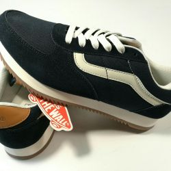 AnsVans Old Skool Suede Sneakers. Sneakers School