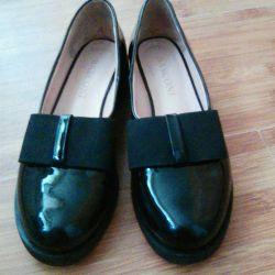 Βερνίκια παπουτσιών