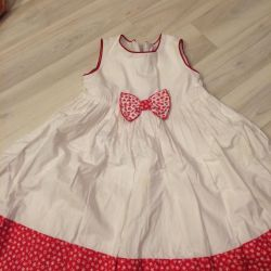 Etiketsiz yeni elbise