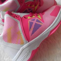 New shoes sneakers for girls size 33