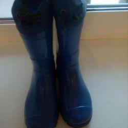 Lastik çizmeler 26 r
