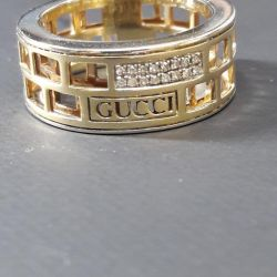 Gucci Gold Ring with Diamonds