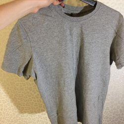 Gri tişört temel