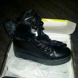 Winter boots, 36 size, new