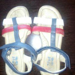Sandals, ballet shoes R.32-34
