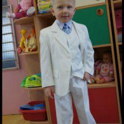 Suit size 104