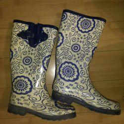 Rubber boots 39 rub.