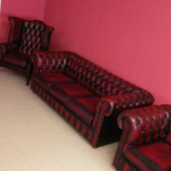 Vintage Chesterfield furniture set
