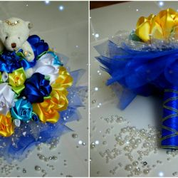 Bouquet of satin ribbons with a bear