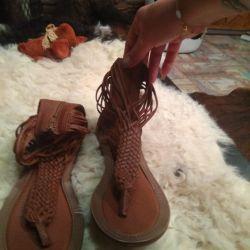 Sandale pentru femei, din piele