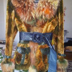Φωτεινό φθινοπωρινό παλτό