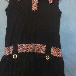 Платье короткое. 46 -48 размер