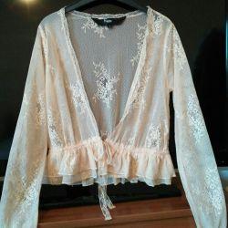 Noua bluză de dantelă frumoasă