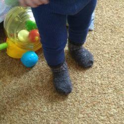 Шкарпетки, пінетки в'язані.