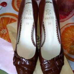 New leather shoes F.AMATO 39 rr