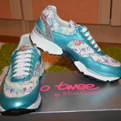 Новые брендовые кроссовки Италия