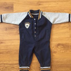 Suit (size from 6-9 months).