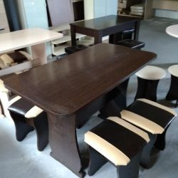 Table + four stools (new)