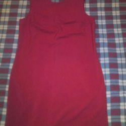 Güzel kırmızı elbise