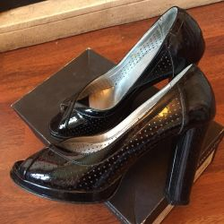 Лаковые туфли Тамарис
