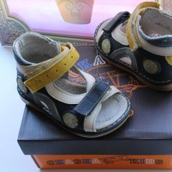 sandals fairy tale 19R. leather