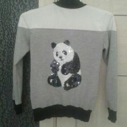 Bluză de marcă cu panda