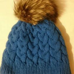 Winter hat. Handwork.