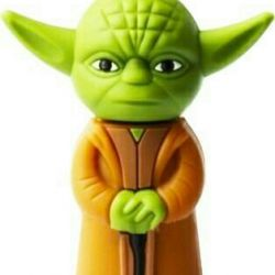 USB flash drive Master Yoda Star Wars 16 GB